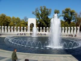 WW II Memorial Fountains Photos by Mike Hartley