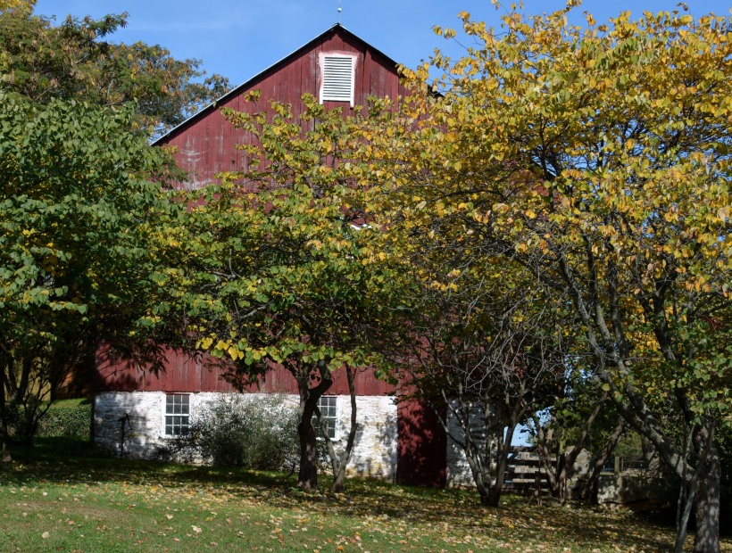 Barn off Rt 144 by Lisbon. Photo by Mike Hartley